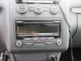 VW_Touran_Cross_Radio