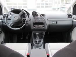 VW_Touran_Cross_Cockpit