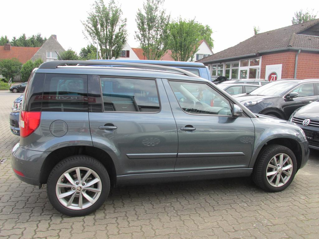 skoda yeti 2 0 tdi style sunset climatr shz pdc. Black Bedroom Furniture Sets. Home Design Ideas