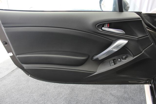 Fiat 124 Spider LUSSO 1.4 MultiAir Turbo, Magnetico Bronze Metallic 201 , Leder Schwarz