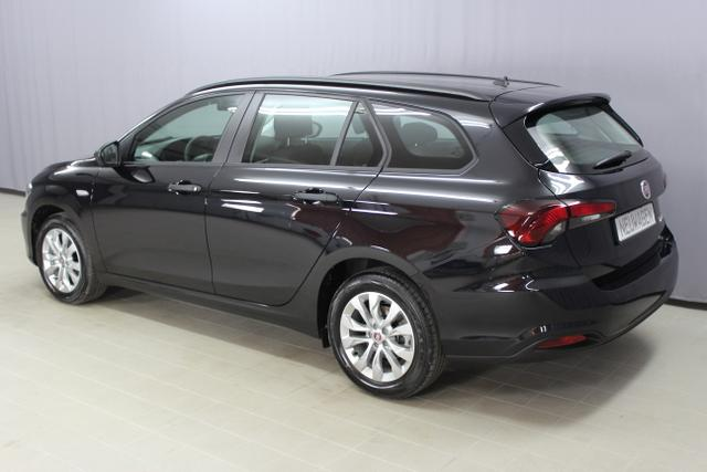 Fiat Tipo Kombi Pop Plus 1.4 95PS Mit NAVI! 718 Volcano Black	Stoff	5