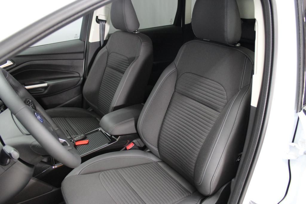 ford kuga titanium 1 5 110kw 4x2 navigation. Black Bedroom Furniture Sets. Home Design Ideas