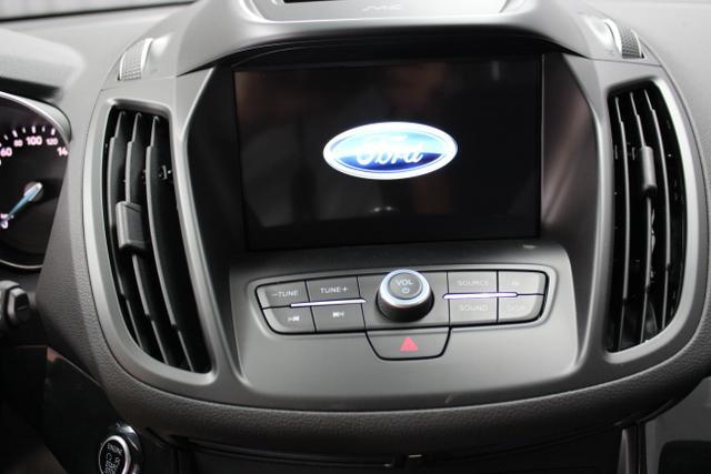 Ford Kuga 1,5 110KW (150PS) 2WD Grau, Schwarz Leder-Stoff-Polsterung