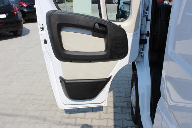 Ducato Serie 6-Warentransport Hochraumkastenwagen 30 L2H2 130 Multijet E6Weiss  549 Standardsitz Stoff Grau (157)