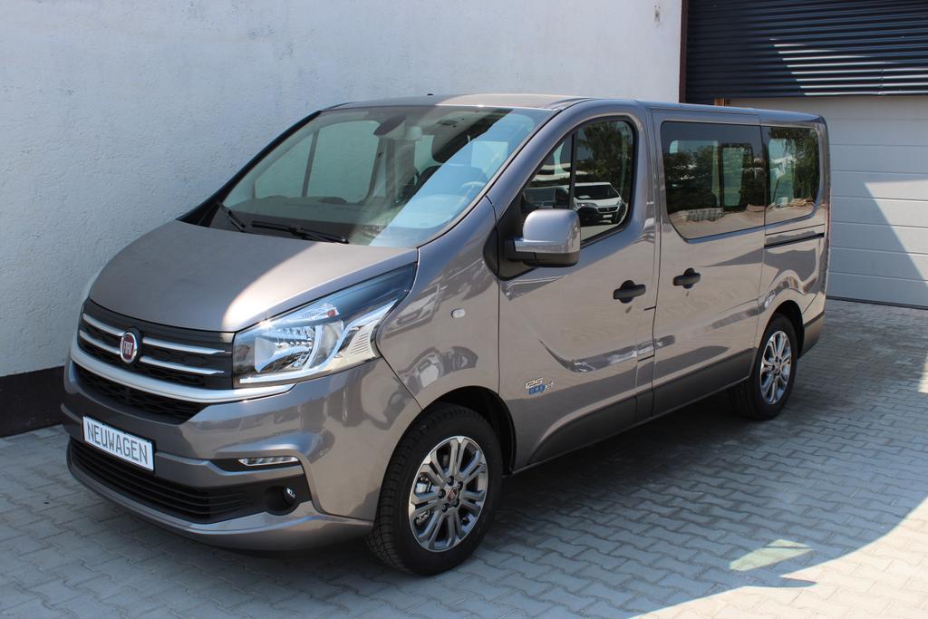 Fiat Talento-Personentransport Kombi M1 Family 1.6 Ecojet 125 Twin Turbo 1,0t L1H1Dunkelgrau Met.(360)Stoff Living-B.(098)