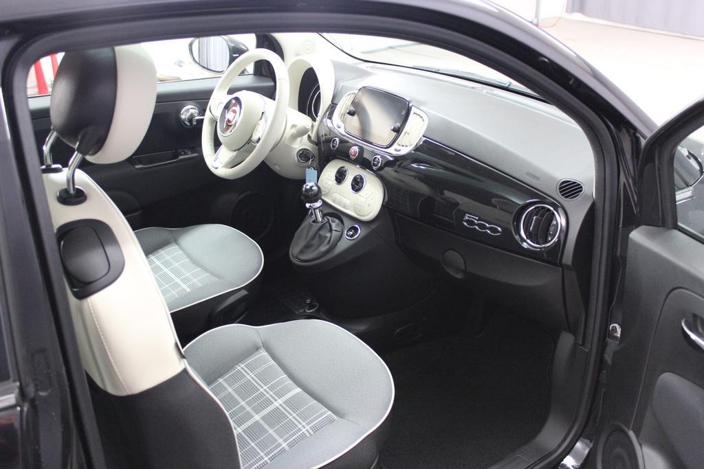 6900 Fiat 500 1,2 8V S&S  Lounge 51kW 69 PSCOC Ori - keine ausländischen Papiere AB 5.11.Euro 6 AG Euro6dtempVesuvio Schwar.(876)374-Stoff Prince of Wales Schwarz/Weiß mit Akzenten in Elfenbein