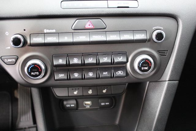 8990  Kia Sportage 1,6 GDI 2 WD 132 PS Euro 6D temp - neuer Motor - Silver EditionHW2 Deluxe White