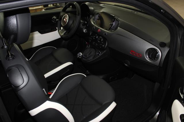 07117 Fiat 500-1.2 8V Sport 51kW (69PS) E6DPompei Grau Metallic (695)Stoff Sport Schwarz/Weiß, Ambiente Schwarz (724)