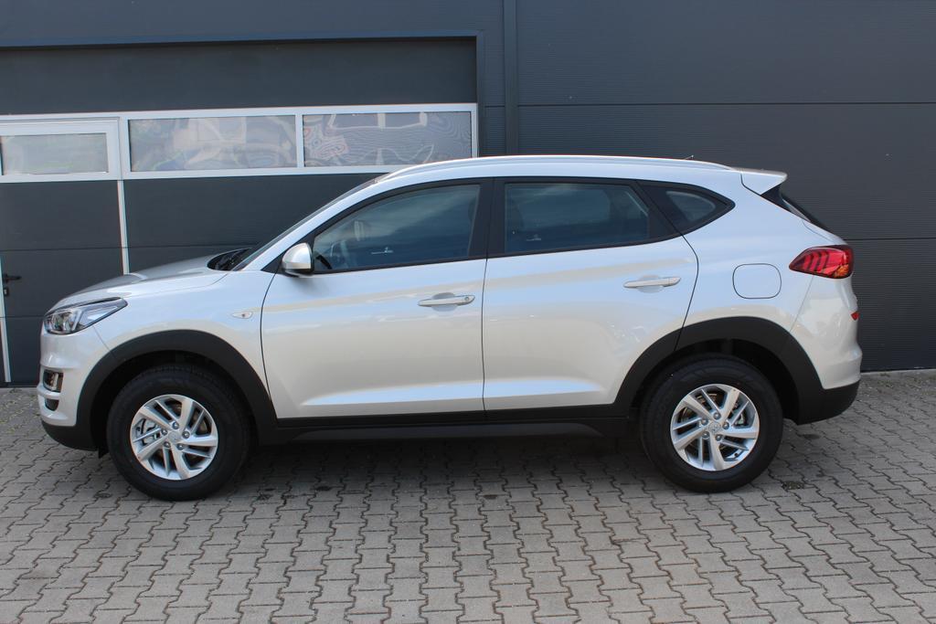 Hyundai Tucson 1,6 GDi 2WD MT Winterpaket 2: Sitzheizung,Beheizbares Lenkrad  BG2WD  Platinium Silver