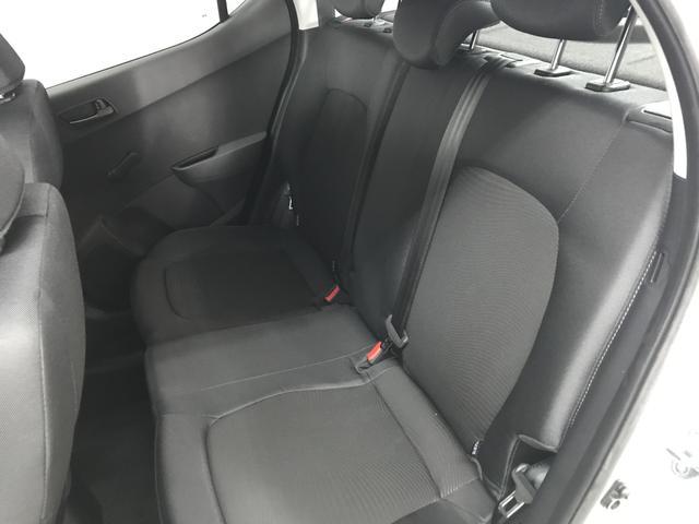Hyundai i10 Select 1.0l 67 PS 5-Gang, Klimaanlage, Radio RDS/MP3 - USB/AUX, Tagfahrlicht, TPMS; Warnsymbol