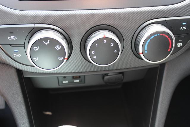 Hyundai i10 1,0 MT Radio, Klimaanlage Strar Dust Grau Metallic