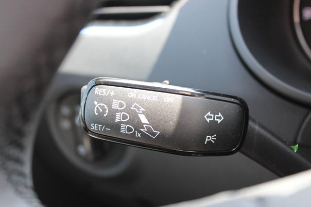 Skoda Octavia III Combi Ambition 1,5 TSI – 110 KW – DCT – Quarz Grau Metallic  Stoff schwarz