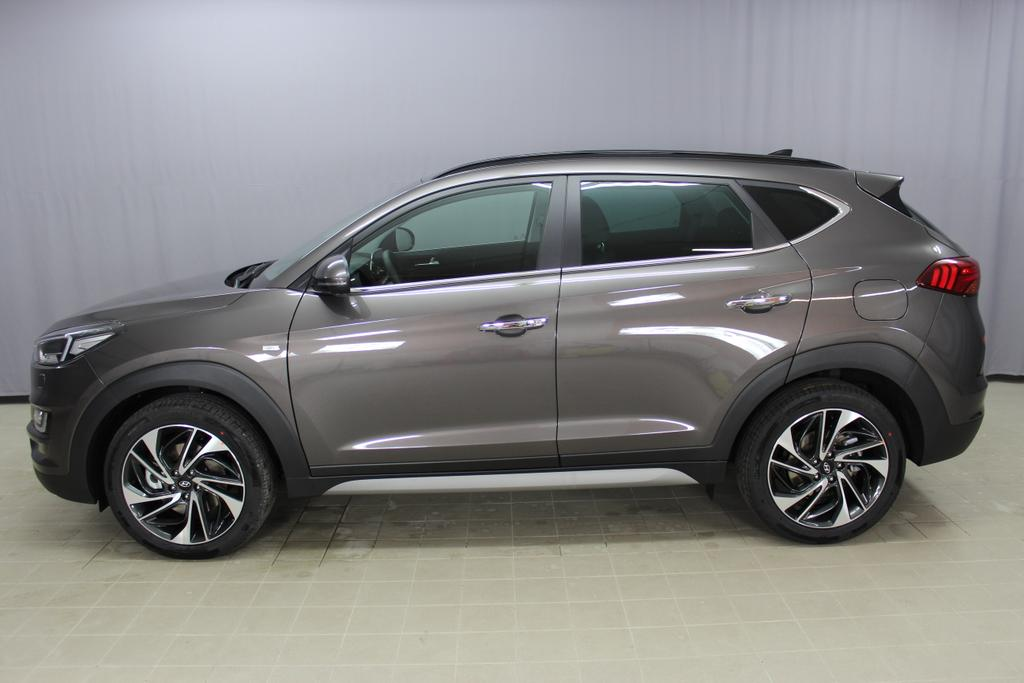 Hyundai Tucson Level 6 2,0 CRDi 4WD AT 828q	Moon Rock / Leder Schwarz