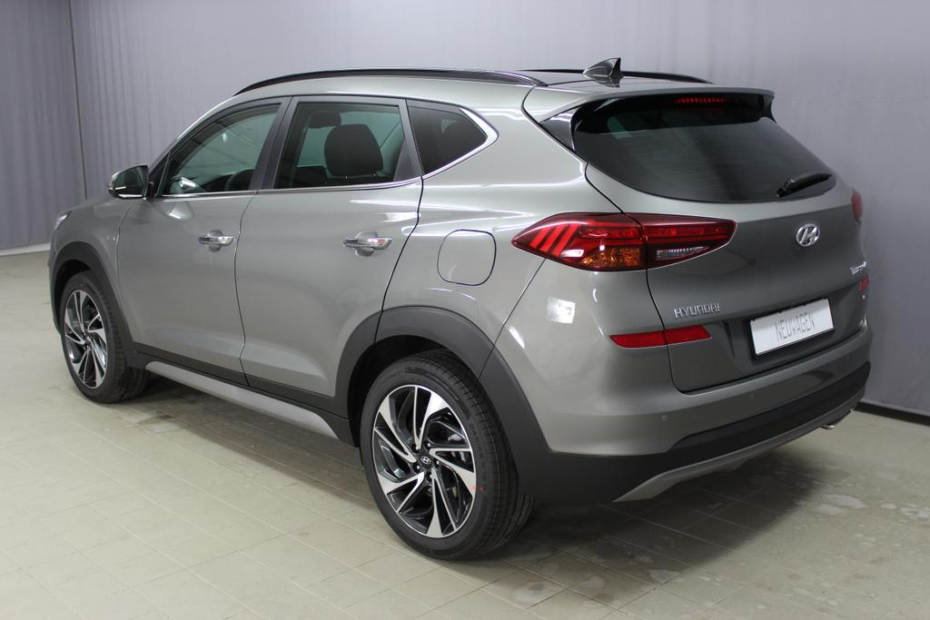 Hyundai Tucson Level 6 2,0 CRDi 4WD AT 828q ÖS Leder Schwarz / Olivine Grey Grün Metallic