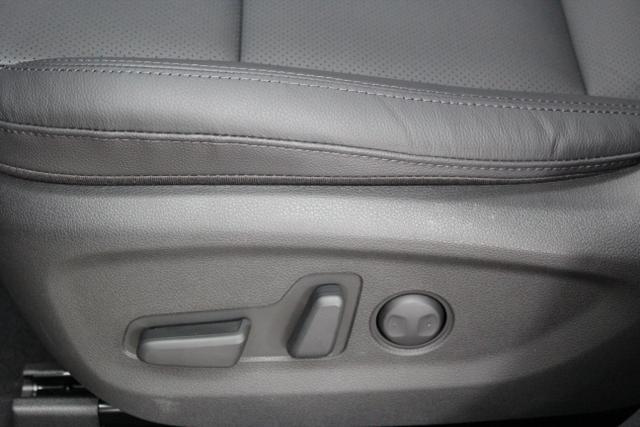 Hyundai Tucson Level 6 1,6 T-GDi 4WD DCT 824q ÖS Leder Schwarz / White Sand