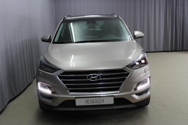 Hyundai Tucson - Premium Sie sparen 12.910,- 2.0 CRDi 4WD AT 48V Hybrid (Diesel / Elektro) Abstandsregeltempomat, Fernlichtassistent, Digitales Radio, Navigationssystem, Panorama Glas-/Hubschiebedach Voll-Leder uvm.