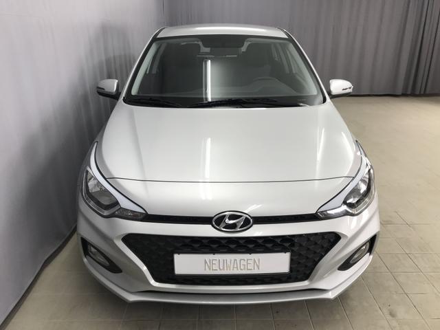 Hyundai i20 - Select 1,25 84 PS S&S, Audiosystem mit 5 Zoll Bildschirn, Klimaanlage, Tagfahrlicht, Bluetooh, Euro 6D-Temp (WLTP), uvm.