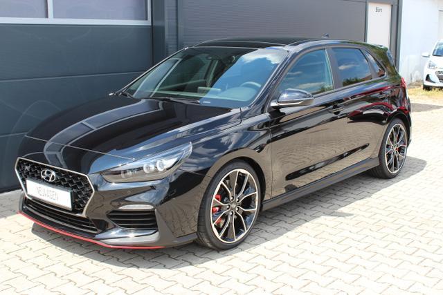 Hyundai i30 - N Performance 2.0 T-GDI 275 PS NAVIGATIONSPAKET, Komfort-Paket, Querverstrebung im Gepäckraum, Panorama-Glas-Schiebedach, 19 Leichtmetallfelgen uvm.
