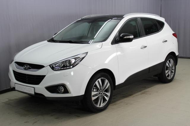 Hyundai ix35 - Style GO Plus 2,0 CRDi 4WD, Navigationssystem mit 7 Zoll Farbmonitor, Bi-Xenon, 18 Leichtmetallfelgen, Außenspiegel in Glossy schwarz uvm.