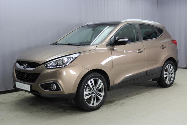 Gebrauchtfahrzeug Hyundai ix35 - Premium GO Plus 2, 0 CRDI 4WD MT 100 kW, Alufelgen 18 Zoll, Navigationssystem mit Rückfahrkamera, Bi-Xenon, Panoramadach, beheiztes Lenkrad, Teil Lederausstattung