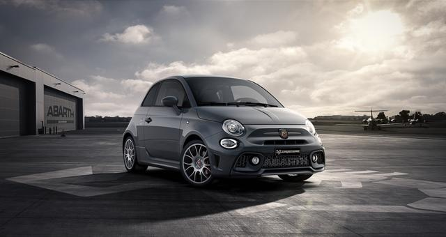 Abarth 595 Competizione - Sie sparen 6.100 Euro 1,4 T-Jet Bi Xenon, Navigationssystem, Urban Paket, MJ 2020, Apple CarPlay, 17