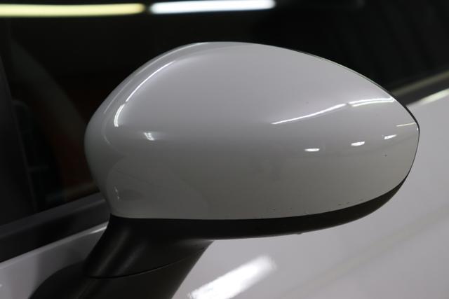 "Abarth 595 Sie sparen 6.040€ 1,4 T-Jet Navigationssystem, MJ 2020, Apple CarPlay, LED-Tagfahrlicht, 7 Zoll TFT Farbdisplay, Analoges Manometer, Nebelscheinwerfer, 16""-LM uvm."