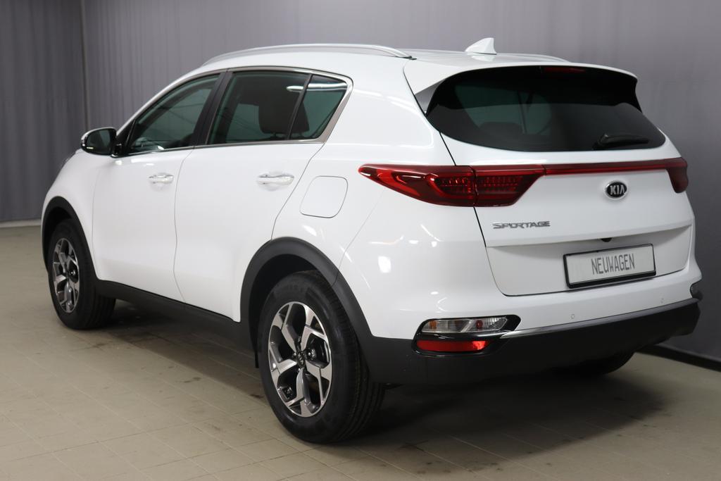 Kia Vision Sportage 2WD 132 PS Deluxe white