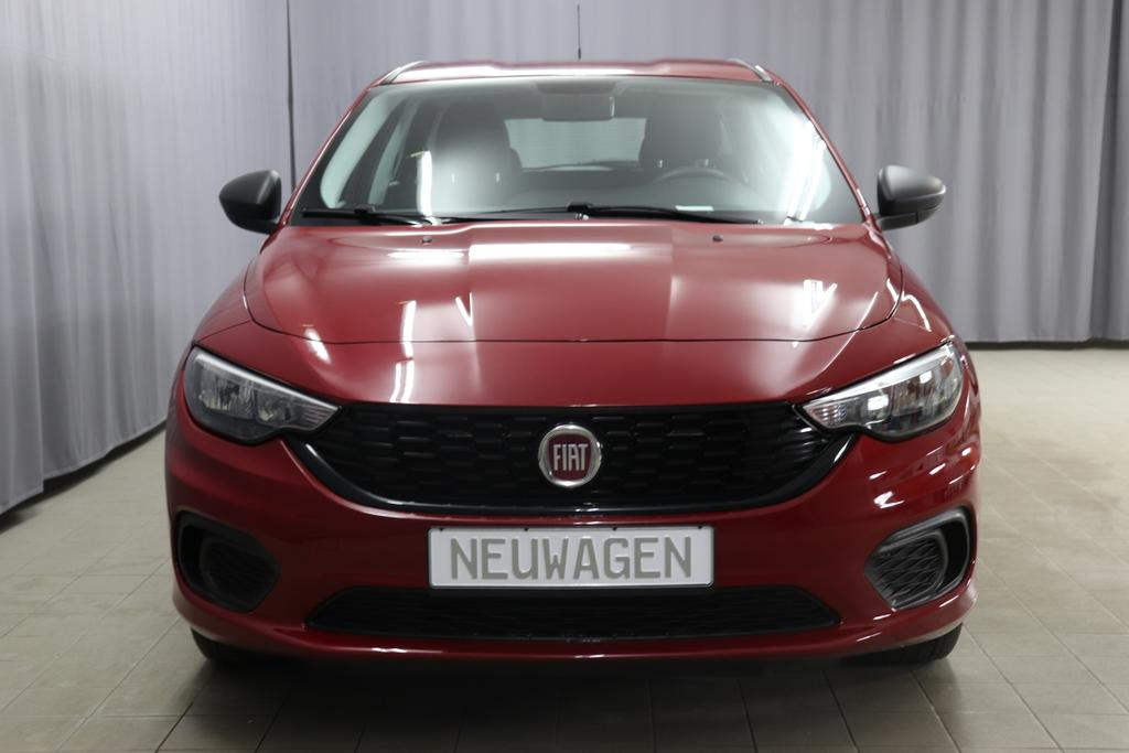 Fiat Tipo POP Kombi 1,4 16V 70KW / 95 PS716 Amore Rot Metallic