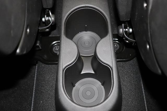 595 Competizione 1.4 T-Jet 132 KW (180PS) MY205JQ/676 Campovolo Grau4FA Rennsport Sabelt GT Leder Schwarz / Grau