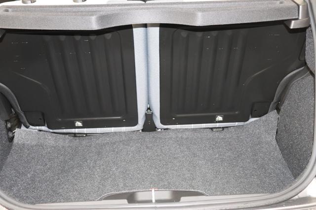 Fiat 500 1,2 8V S&S  Lounge 51kW 69 PS695 Pompei Grau
