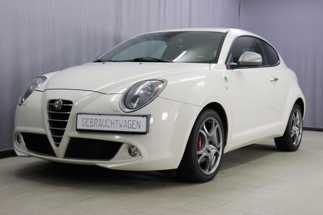 Gebrauchtfahrzeug Alfa Romeo MiTo - Quadrifoglio Verde 1.4 Turbo 170ps, Bi-Xenon Scheinwerfer, Alcantara-Ausstattung, 17 Zoll Alufelgen, Brembo-Bremsen, Licht- und Regensensor uvm.