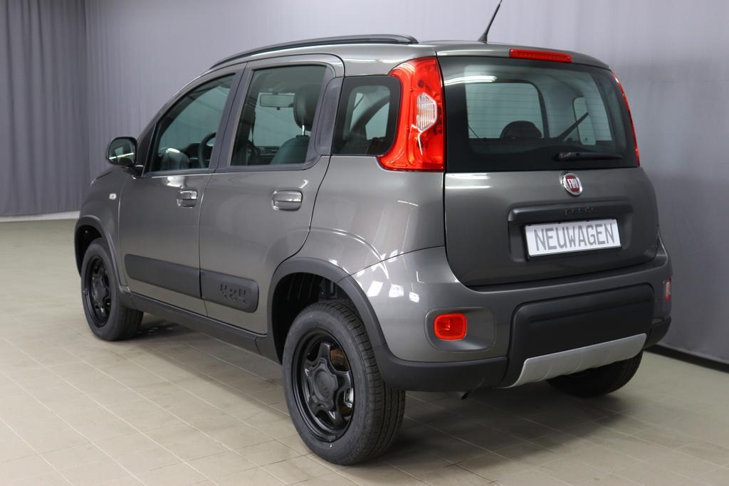 Panda 4x4 0,9 Twin Air Turbo 85 4x4 Wild581 Colosseo Grau Metallic139 Stoff Schwarz/Grau, Rote  Nähte, Armaturenbrett grau