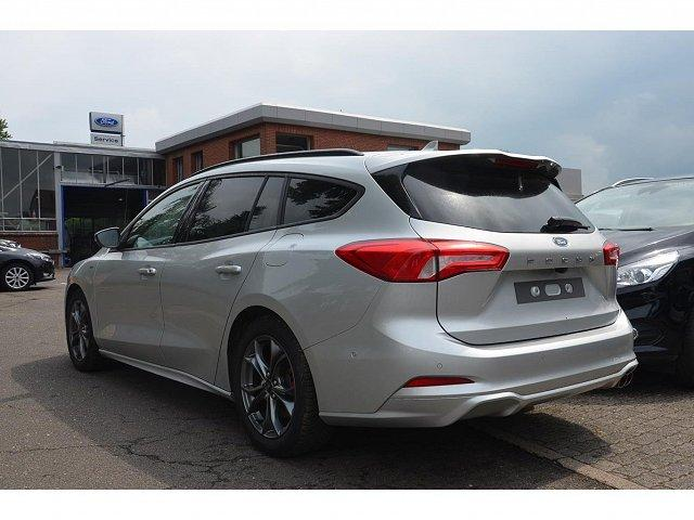 Ford Focus Turnier - ST-LINE NAVI / TECHNOLOGIE-PAKET WINTER-PAKET