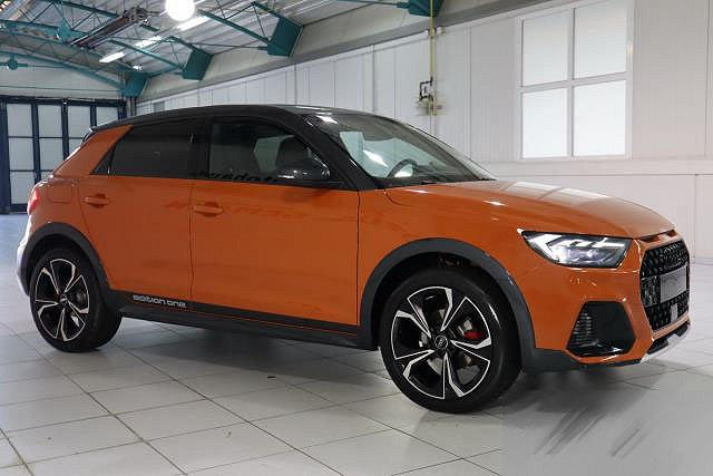 Audi A1 - CITYCARVER 30 TFSI S-TRONIC NAVI LED EDITION ONE LM18