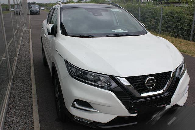 Nissan Qashqai - 1,3 DIG-T N-CONNECTA PANORAMA RELING WINTER