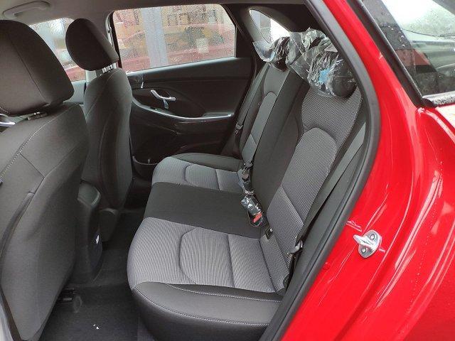 Hyundai i30 - Lim. Style*Automatik*NAV*CAM*LED*SHZG*