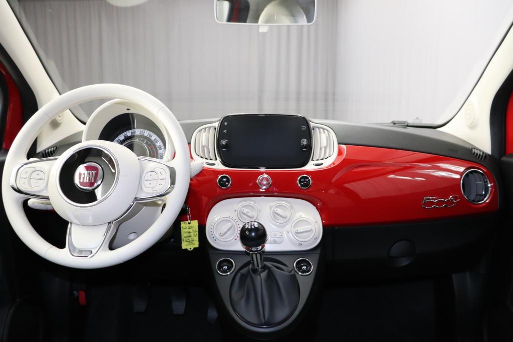 Fiat 500c Lounge 1 0 Gse Hybrid 70ps Serie8 Verdeck Elfenbein City Paket Parksensoren Hinten Licht Und Regensensor Klimaanlage Nebelscheinwerfer Notrad Seitenschutzleisten Lackiert Mit Emblem 500 Uvm Autohaus Eisenhofer Ein