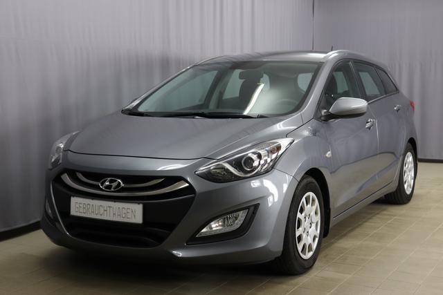 Hyundai i30 Kombi - Trend 1.6 Klimaanlage, Multifunktionslenkrad mit Sprachsteuerung, Radio CD, Fahrersitz Höhenverstellbar, Anhängerkupplung, Nebelscheinwerfer
