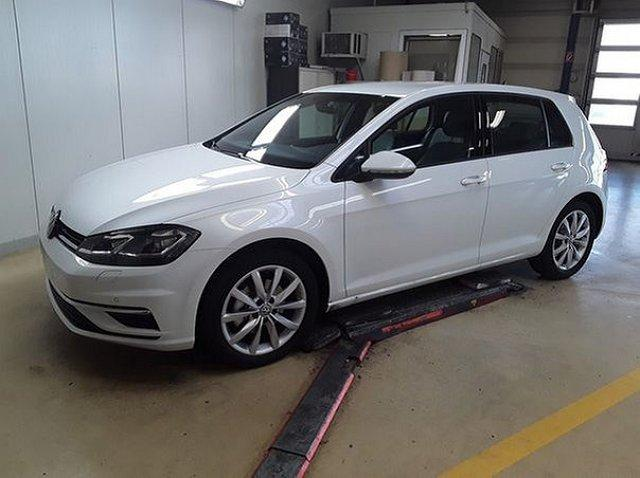 Volkswagen Golf - VII 2.0 TDI DSG Comfortline ACC LED Assiste