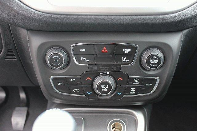 Jeep Compass - Longitude 1.6l MultiJ KAM NAV PDC+ LEDER