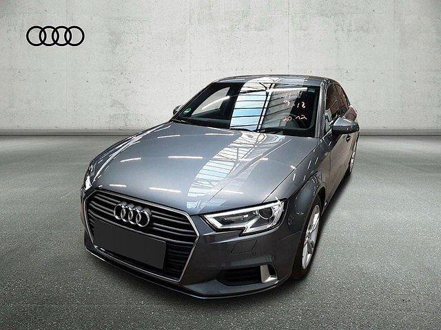 Audi A3 - Limousine 30 TDI S tronic Sport Navi DAB 17Zoll