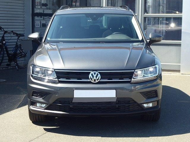 Volkswagen Tiguan - Comfortline TSI DSG +18 ZOLL+PANO+ACC+LED