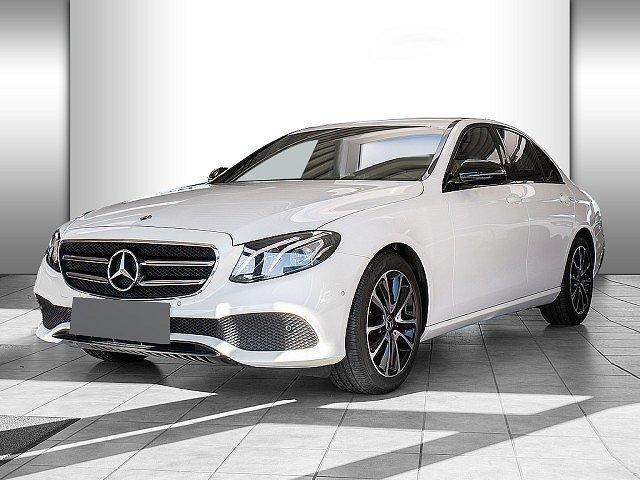 Mercedes-Benz E-Klasse - E 200 Avantgarde Night Comand LED 360° Totw. SHZ