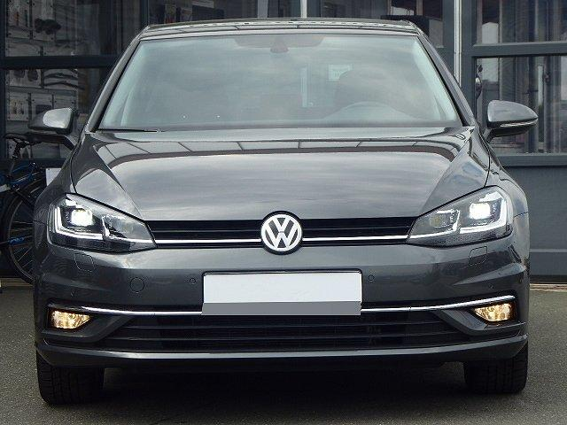Volkswagen Golf - Highline TSI DSG +17 ZOLL+ACC+LICHT UND SIC
