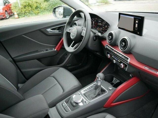 Audi Q2 sport 30 TDI S tronic Navi/BO/ACC
