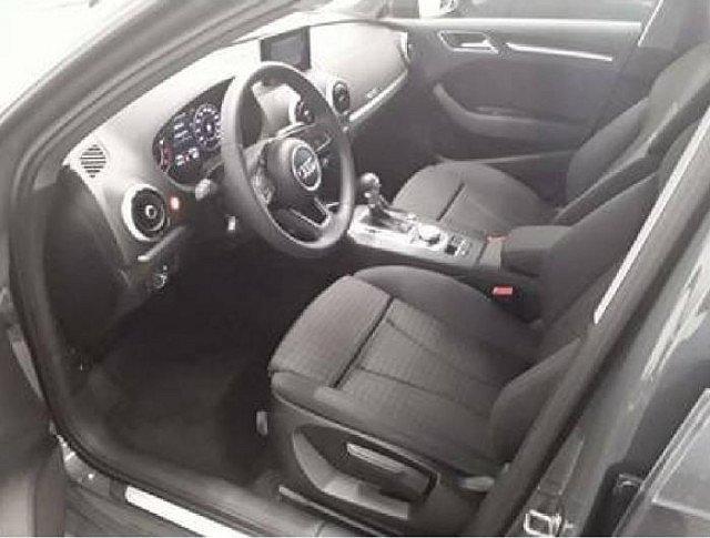 Audi A3 Sportback 30 TFSI Sport ACC Matrix VC Navi+