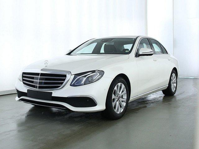 Mercedes-Benz E-Klasse - E 200 Exclusive AHK Aktivsitz Wide Comand Distr+