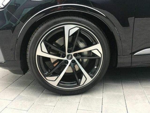 Audi Q7 S line 50 TDI quattro 210(286) kW(PS) tiptronic , 286PS