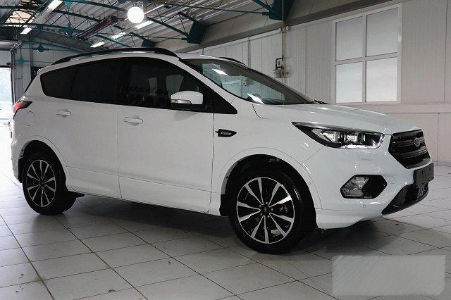 Ford Kuga - 1,5 ECOBOOST AUTO. 4X4 ST-LINE NAVI XENON WINTER PANO P-ASSIST KAMERA