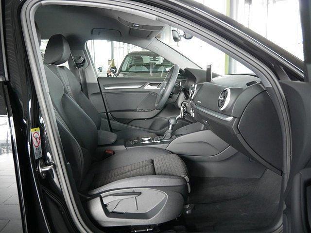 Audi A3 Sportback 35 TFSI sport VC Navi+ PDC SHZ
